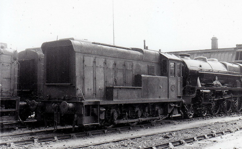 12001 - LMS/EE 0-6-0DE Shunter - built 1936 by Hawthorn Leslie - withdrawn 02/62 - 10 built but only 2 made it to BR ownership.