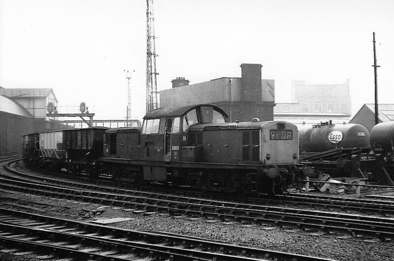 Class 17 - D8604 - Clayton Type 1 Bo-Bo DE - built 1965 by Beyer Peacock - withdrawn 10/71 - seen here at Newcastle Central in 1970.