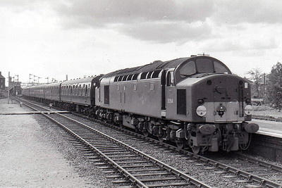 Class 40 - D284 - EE Type 4 1-Co-Co-1 DE - built 07/60 by English Electric - 02/74 to 40084 - withdrawn 05/83 - seen here at Spalding on the 1035 Lowestoft - York in August 1962.