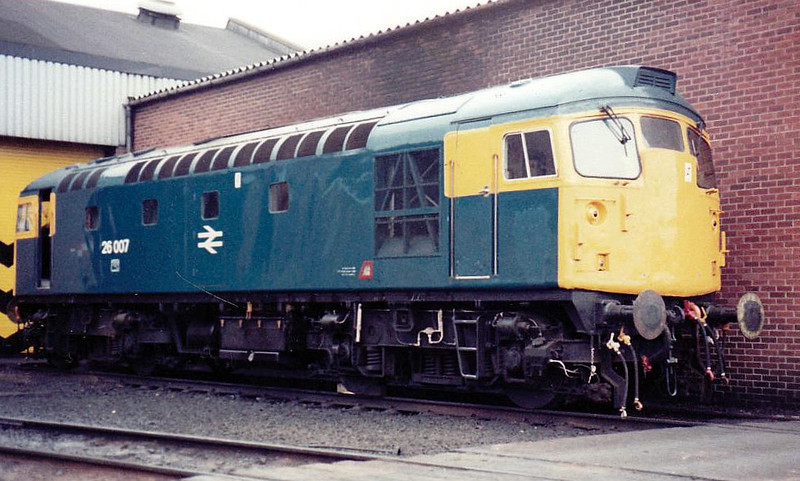 26007 - BRCW Class 26 Type 2 Bo-Bo DE - built 09/58 by BRCW as D5300 - 1973 to 26007 - withdrawn 10/93 - seen here at Edinburgh Haymarket, 05/83.