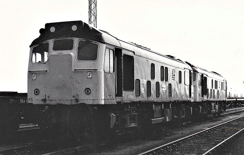 25 028 - BR Class 25 Type 2 Bo-Bo DE - built 02/63 by Darlington Works as D5178 - 1973 to 25 028 - withdrawn 12/80 from Haymarket TMD.