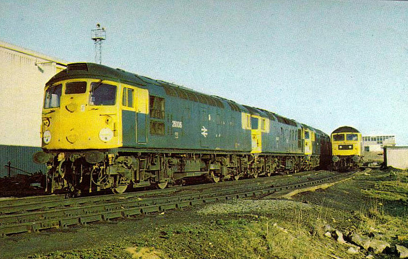 26006 - BRCW Class 26 Type 2 Bo-Bo DE - built 12/58 by BRCW as D5306 - 1973 to 26006 - withdrawn 09/93 - seen here at Millerhill with 26007 and 26005.