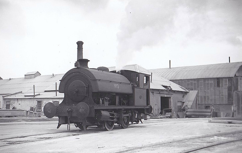 ASSOCIATED PORTLAND CEMENT MANUFACTURERS, Swanscombe - No.3 - 0-4-0ST - seen here 09/51.