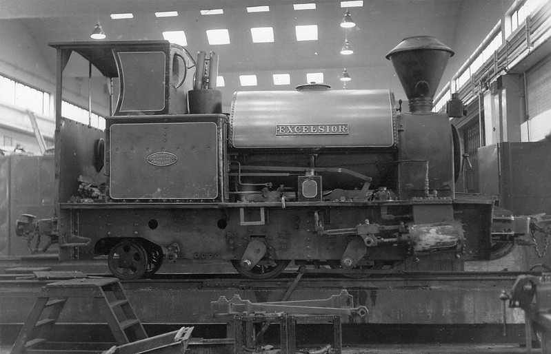 BOWATERS PAPERMILLS, Sittingbourne - EXCELSIOR - 0-4-2ST - built 1908 by Kerr Stuart & Co., Works No.1049 - 1970 sold to Great Whipsnade Railway.