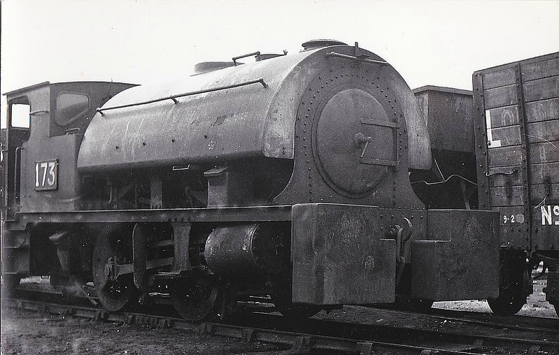 SEAHAM HARBOUR CO., Seaham - No.173 - 0-4-0ST - built 1937 by Hawthorn Leslie Ltd., Works No.3919, for Dorman Long & Co., Britannia Works, Middlesbrough as No.173 - 11/63 sold to Seaham Harbour Co. - in use at least until 12/66 - seen here 03/64.