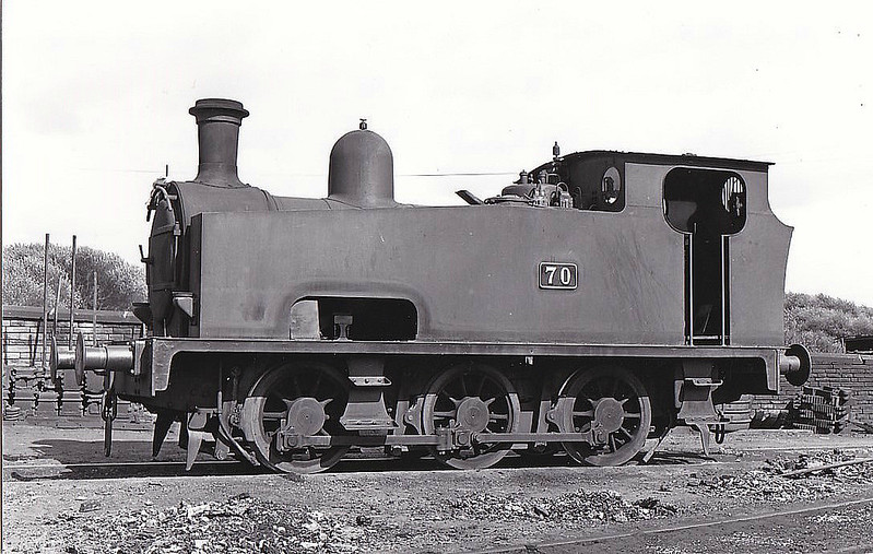 MANCHESTER SHIP CANAL CO. - No.70 - 0-6-0T - built 1921 by Hudswell Clarke, Works No.1464 - seen here at Mode Wheel Locks, 06/61.