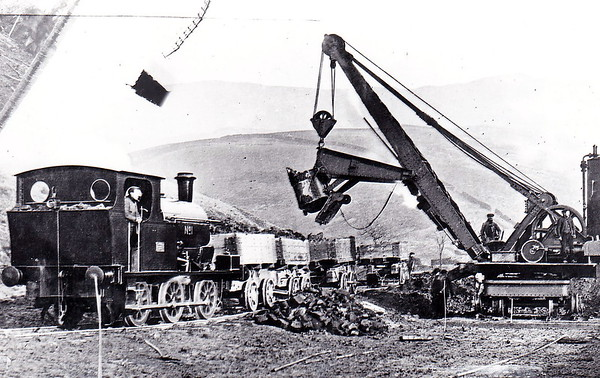 STOCKPORT CORPORATION - No.1 - 0-6-0ST - built 1907 by Hudswell Clarke & Co., Works No.776 - seen here on a spoil train during the building of Kinder Reservoir, 1903 to 1912.