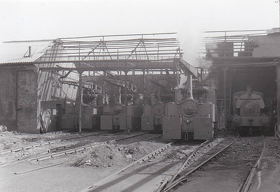 DOXFORD SHIPYARD, Pallion, Sunderland - Crane Tanks on Depot - they are, left to right,  SOUTHWICK - Robert Stephenson & Hawthorn Ltd., No.7069/1942 - 1971 withdrawn - scrapped. MILLFIELD - Robert Stephenson & Hawthorn Ltd., No.7070/1942 - 1971 withdrawn - preserved at Bressingham Steam Museum ROKER - Robert Stephenson & Hawthorn Ltd., No.7006/1940 - 1971 withdrawn - preserved at Beamish Museum. HENDON - Robert Stephenson & Hawthorn Ltd., No.7007/1940 - 1971 withdrawn - preserved at Tanfield Railway. The conventional loco on the right was an 0-4-0ST built in 1944 by Peckett & Co., No.2049, also withdrawn in 1971.