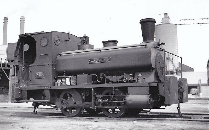 THURROCK CHALK & WHITING Co., West Thurrock - SWANSCOMBE - 0-4-0ST - seen here in 04/55.
