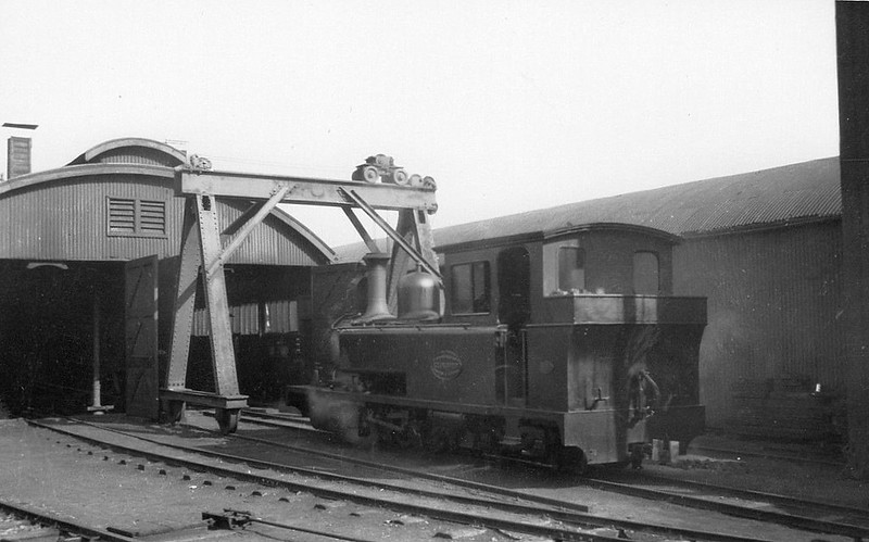 LEEK & MANIFOLD VALLEY LIGHT RAILWAY - No.1 E.R. CALTHROP - 2-6-4T - built 1904 by Kitson & Co. - 1934 withdrawn, used in track lifting, then scrapped. Note that the engine has been turned round. This happened after a visit to Crewe Works.