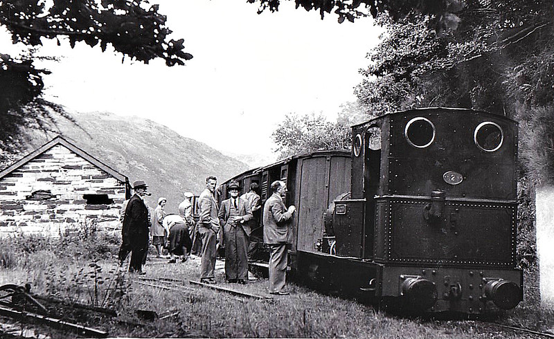 TALYLLYN RAILWAY - No.2 DOLGOCH - 686mm - 0-4-0T built 1866 by Fletcher Jennings & Co. - last loco in service before closure - seen here in the 1960's.