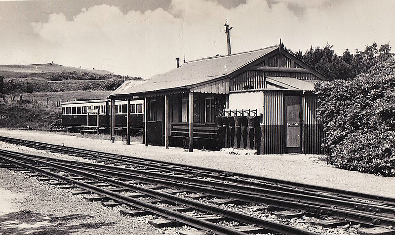 VALE OF RHEIDOL RAILWAY - DEVIL'S BRIDGE STATION - The rather basic facilities that await passengers at Devil's Bridge. There seems to be a great danger of fire! Card posted in April 1965.