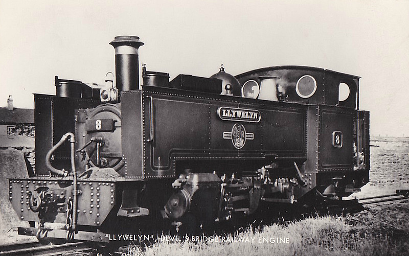 VALE OF RHEIDOL RAILWAY - No.8 LLEWELYN - Collett GWR 2-6-2T - 603mm - built 1923 by Swindon Works - still in operation.