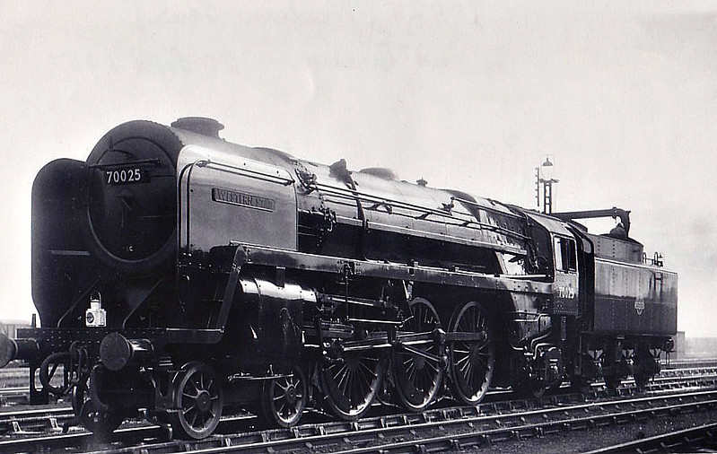 70025 WESTERN STAR - Riddles BR Class 7 Britannia 4-6-2 - built 09/52 by Crewe Works - 12/67 withdrawn from 12A Carlisle Kingmoor - seen here at Crewe ex-Works and brand new, 20/09/52.
