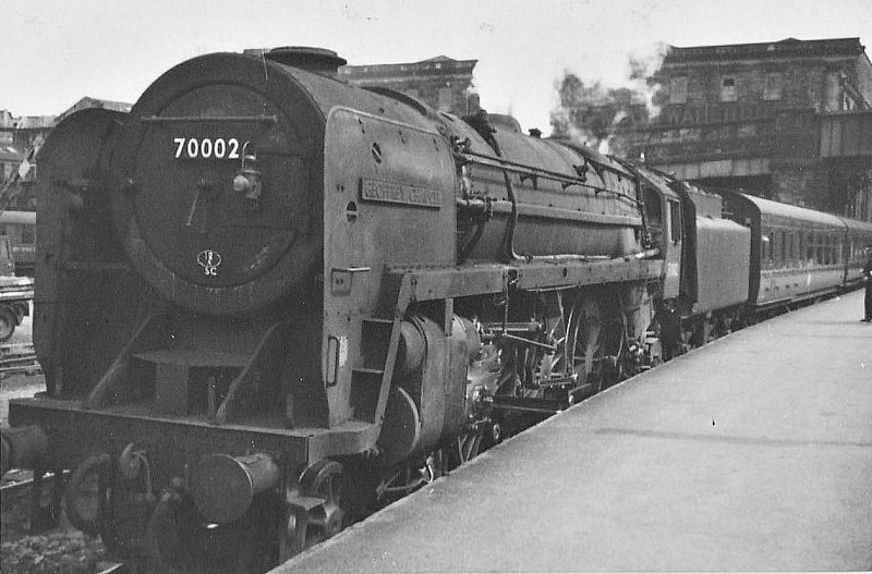 70002 GEOFFREY CHAUCER - Riddles BR Class 7 Britannia 4-6-2 - built 03/51 by Crewe Works - 01/67 withdrawn from 12A Carlisle Kingmoor - seen here at Bradford Forster Square.