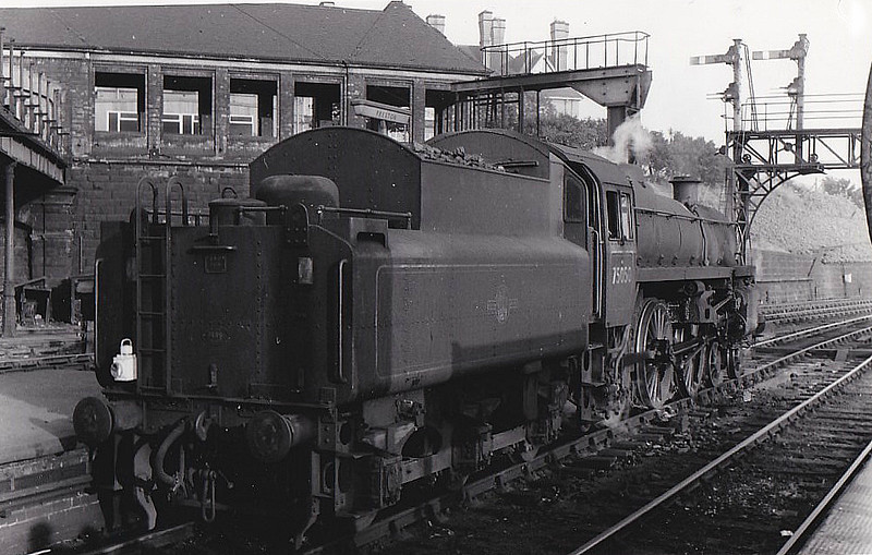 75050 - Riddles BR Class 4 4-6-0 - built 10/56 by Swindon Works - 11/66 withdrawn from 5D Stoke.
