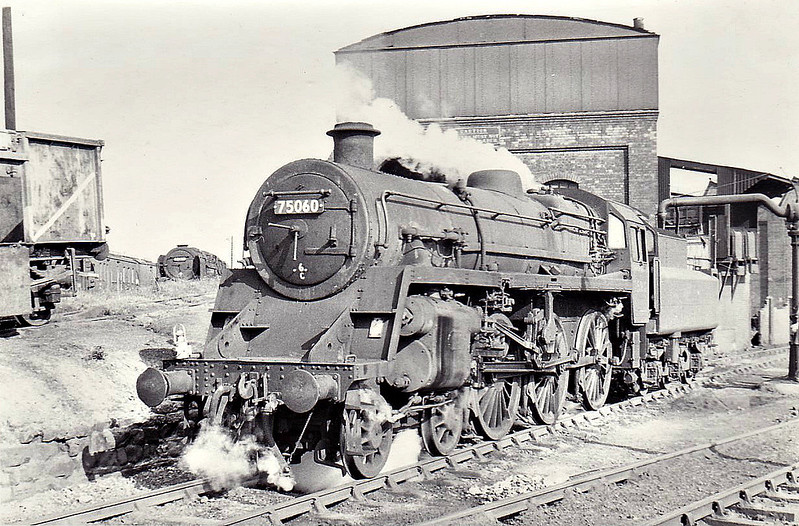 75060 - Riddles BR Class 4 4-6-0 - built 05/57 by Swindon Works - 04/67 withdrawn from 6C Croes Newydd, where seen 09/66.