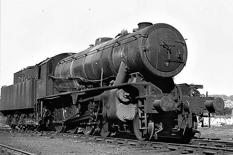 90625 -  WD Class 8F 2-8-0 - built 02/44 by Vulcan Foundry as WD No.7492 - 01/45 to WD No.77492, 02/51 to BR No.90625 - 05/67 withdrawn from 56A Wakefield, where seen.