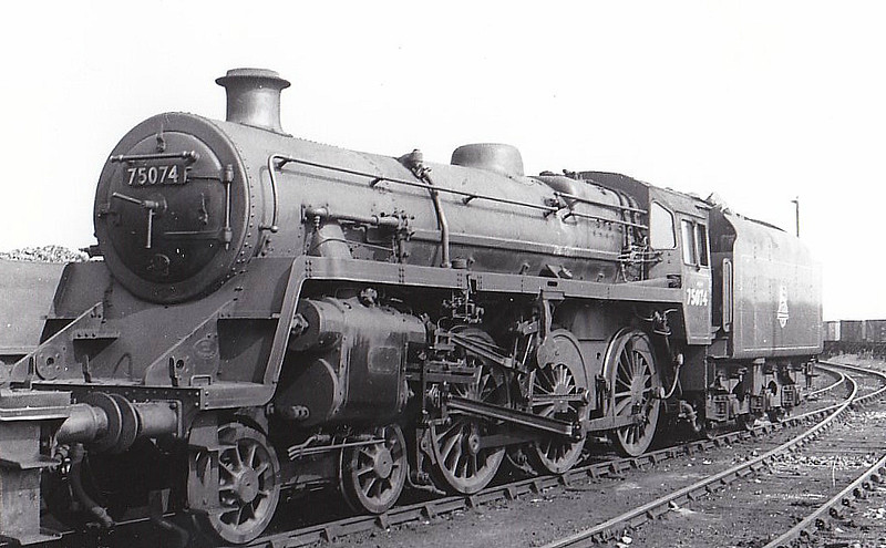 75074 - Riddles BR Class 4 4-6-0 - built 12/55 by Swindon Works - 07/67 withdrawn from 70D Eastleigh.
