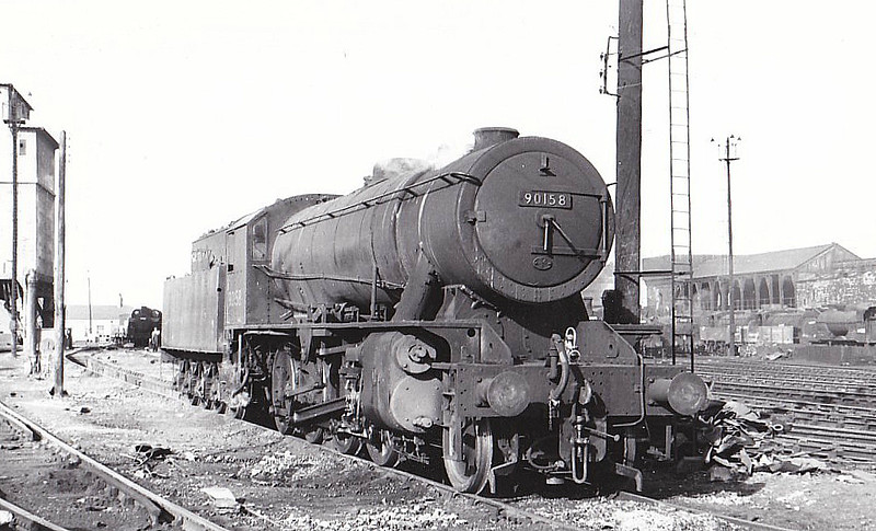 90158 - WD Class 8F 2-8-0 - built 07/43 by North British Loco Co. as WD No.7173 - 01/45 to WD No.77173, 03/51 to BR No.90158 - 12/65 withdrawn from 36A Doncaster.