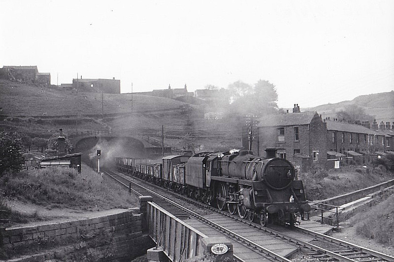 73156 - Riddles BR Class 5MT 4-6-0 - built 12/56 by Doncaster Works - 11/67 withdrawn from 9K Bolton - seen here 06/67.