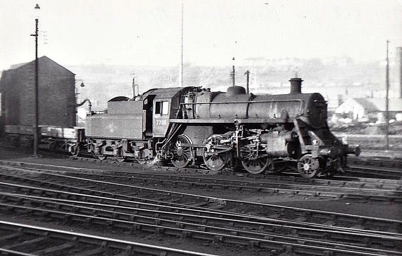77011 - Riddles BR Class 3MT 2-6-0 - built 06/54 by Swindon Works - 02/66 withdrawn from 8E Northwich - seen here at Manningham.