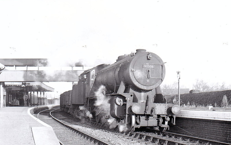 90506 - WD Class 8F 2-8-0 - built 10/44 by Vulcan Foundry Co. as WD No.79192 - 02/47 to LNER No.3185, 11/48 to BR No.63185, 05/51 to BR No.90506 - 01/66 withdrawn from 40B Immingham.