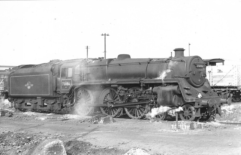 73086 THE GREEN KNIGHT - Riddles BR Class 5MT 4-6-0 - built 08/55 by Derby Works - 10/66 withdrawn from 70A Nine Elms.