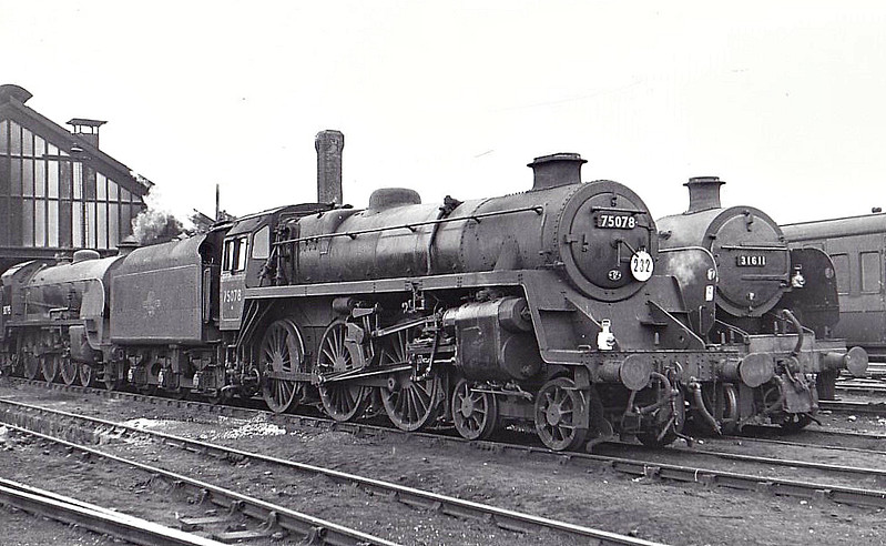 75078 - Riddles BR Class 4 4-6-0 - built 01/56 by Swindon Works - 07/66 withdrawn from 70D Eastleigh.