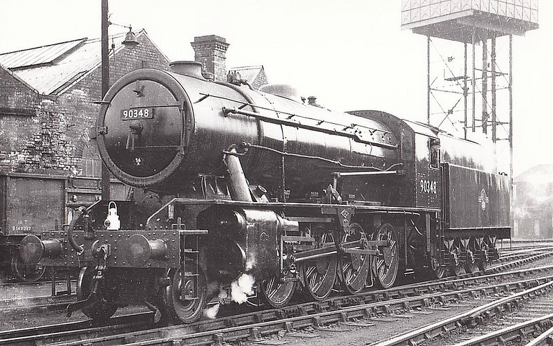 90348 - WD Class 8F 2-8-0 - built 07/44 by North British Loco Co. as WD No.7271 - 01/45 to WD No.77271, 01/51 to BR No.90348 - 09/67 withdrawn from 52G Sunderland - seen here at Darlington.
