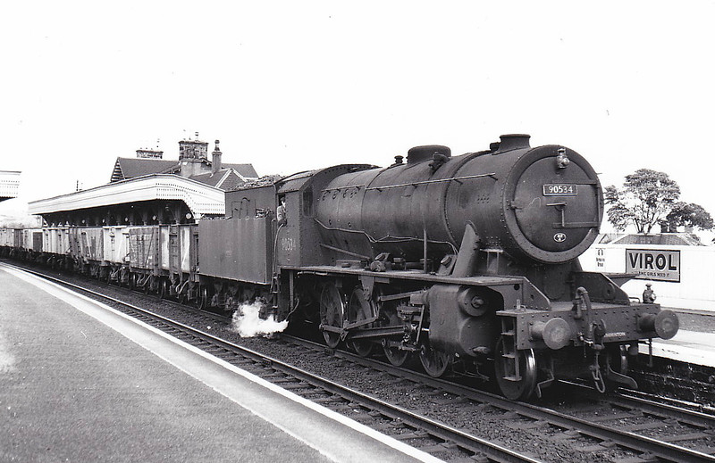 90534 - WD Class 8F 2-8-0 - built 06/43 by Vulcan Foundry as WD No.7063 - 01/45 to WD No.77063, 10/49 to BR No.90534 - 10/66 withdrawn from 62C Dunfermline Upper - seen here at Stonehaven , 07/56.