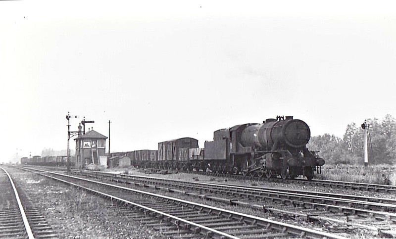 79222 -  WD Class 8F 2-8-0 - built 11/44 by Vulcan Foundry as WD No.79222 - 1946 to Holland as NS No.4515 - 10/56 withdrawn.