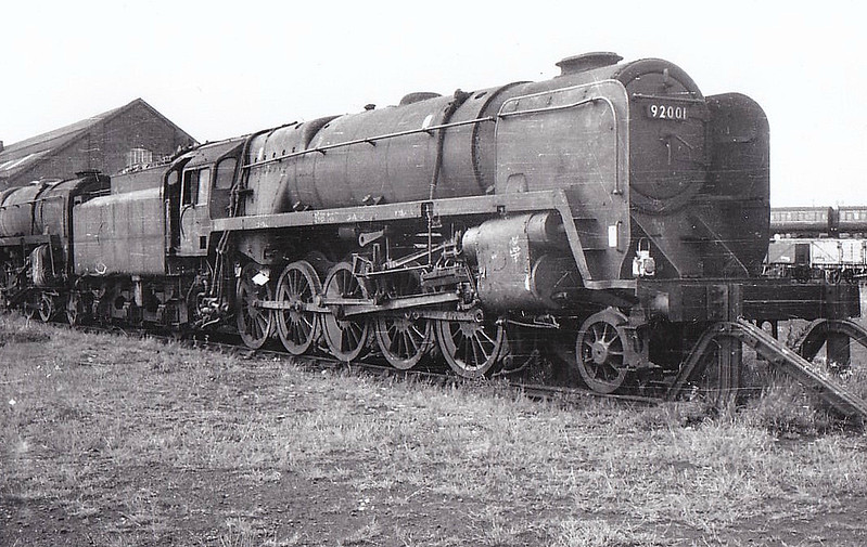 92001 - Riddles BR Class 9F 2-10-0 - built 01/54 by Crewe Works - 01/67 withdrawn from 56A Wakefield - seen here at Tyseley in 1964.