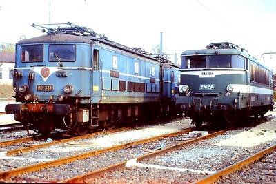 331, 25182, Venissieux depot, 4th November 1989.