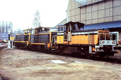 Y8159, Tours St Pierre des Corps depot, 26th November 1988.