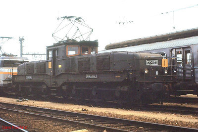 SNCF monocabine 1102 (built c.1937) stands in the depot yard at Tours St Pierre des Corps on 26th November 1988.
