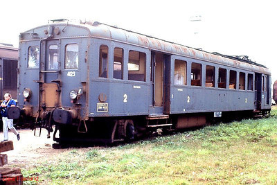 SNCF EMU trailer ZR4123 is seen unceremoniously dumped at Tours St Pierre des Corps depot; note: it's not even on tracks... 26th November 1988.