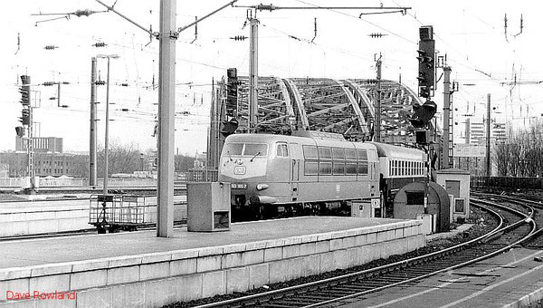 DB 103 105 runs into Koln Hbf with an InterCity service on 28th February 1994.