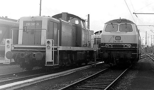 290 397, 216 091, Oberhausen Osterfeld Sud depot, 26th February 1990.