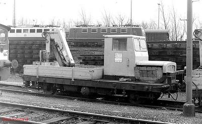 519231, Oberhausen Osterfeld Sud depot, 26th February 1990.