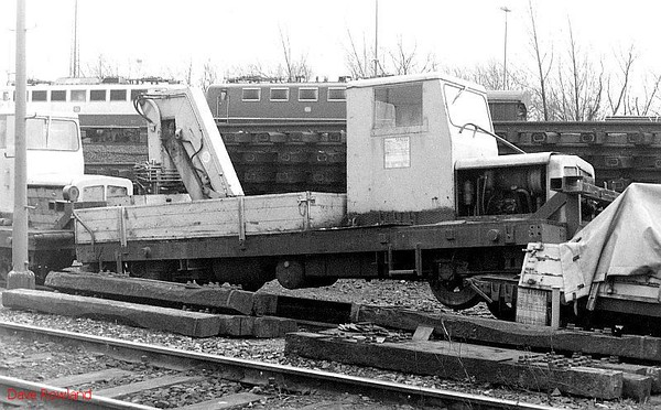 519222, Oberhausen Osterfeld Sud depot, 26th February 1990.