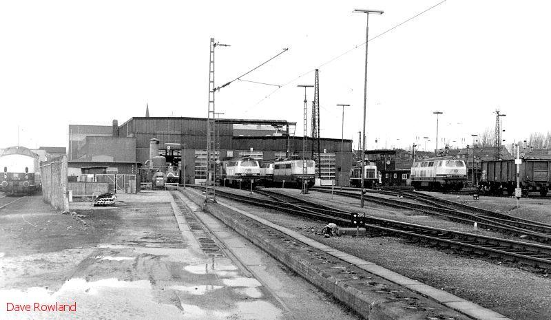 Oberhausen Osterfeld Sud depot, 26th February 1990.