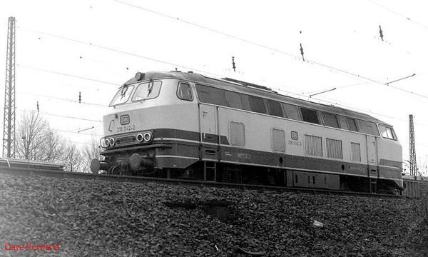 216 042, Oberhausen Osterfeld Sud depot, 26th February 1990.