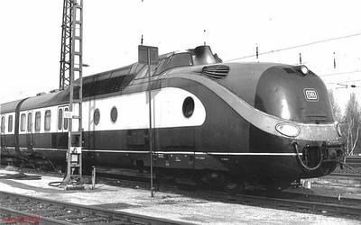 601-011, Hamm depot, 23rd February 1990.