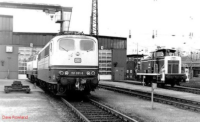 151 091, 360 009, Oberhausen Osterfeld Sud depot, 26th February 1990.