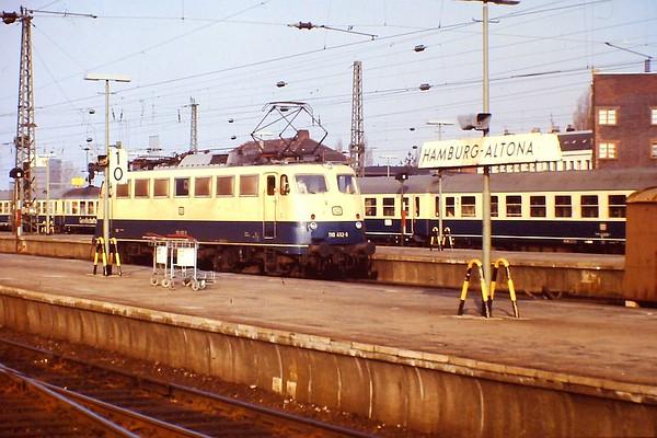 110 452, Hamburg Altona, 24th February 1990.