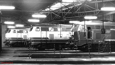 215 032, 215 019, 218 150, Krefeld depot, 26th February 1990.