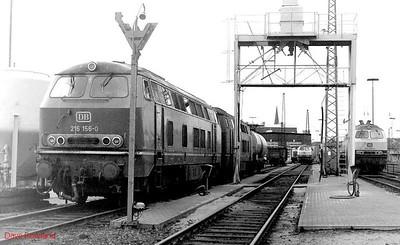 216 156, 215 088 (right), Oberhausen Osterfeld Sud depot, 26th February 1990.