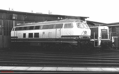 218 141, 290 175, Krefeld depot, 26th February 1990.