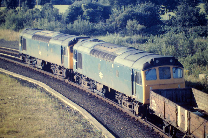 25315 and 25316 round East Curve with the Whitemoor - Bury Speedlink, 12/08/85.